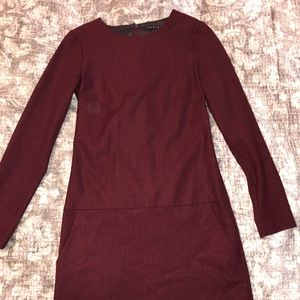 Theory burgundy red long sleeved dress